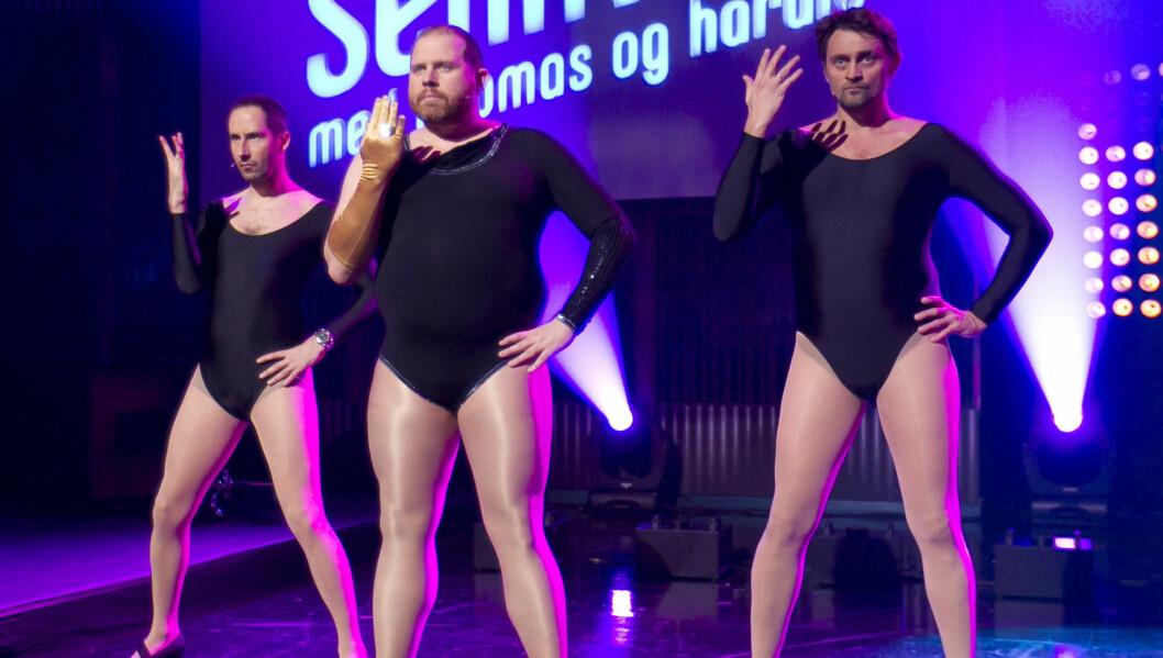SINGLE LADIES: Harald Rønneberg, Truls Svendsen og Thomas Numme høstet stor applaus da de danset på TV2s vårlansering, kun iført trikot.  Foto: Stella Pictures