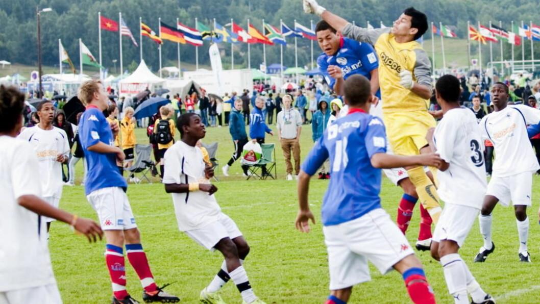 <strong>TAR POENGET:</strong>  Norway Cup-lederne i Bækkelaget Sportsklubb har skjønt den virkelige kraften i fotballsporten og laget turneringen sin deretter. FOTO: Thomas Rasmus Skaug / Dagbladet
