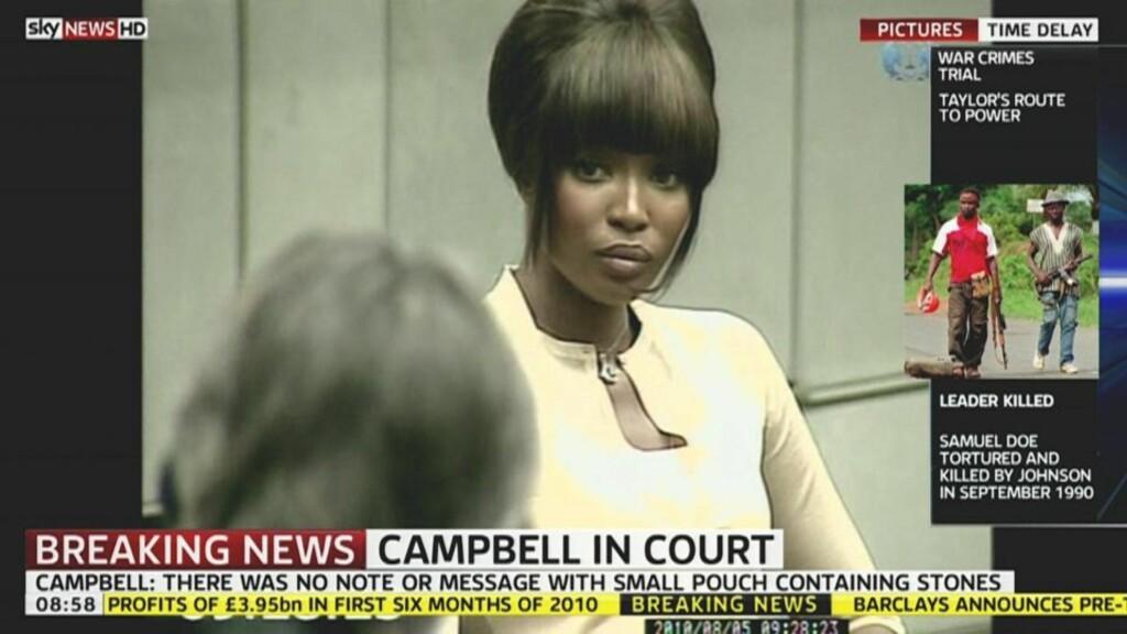 I RETTEN:  Namoi Campell (40) fortalte i retten i dag at hun ble vekket på natten av to menn. De hadde med seg en liten pung med diamanter til supermodellen. Foto: Scanpix