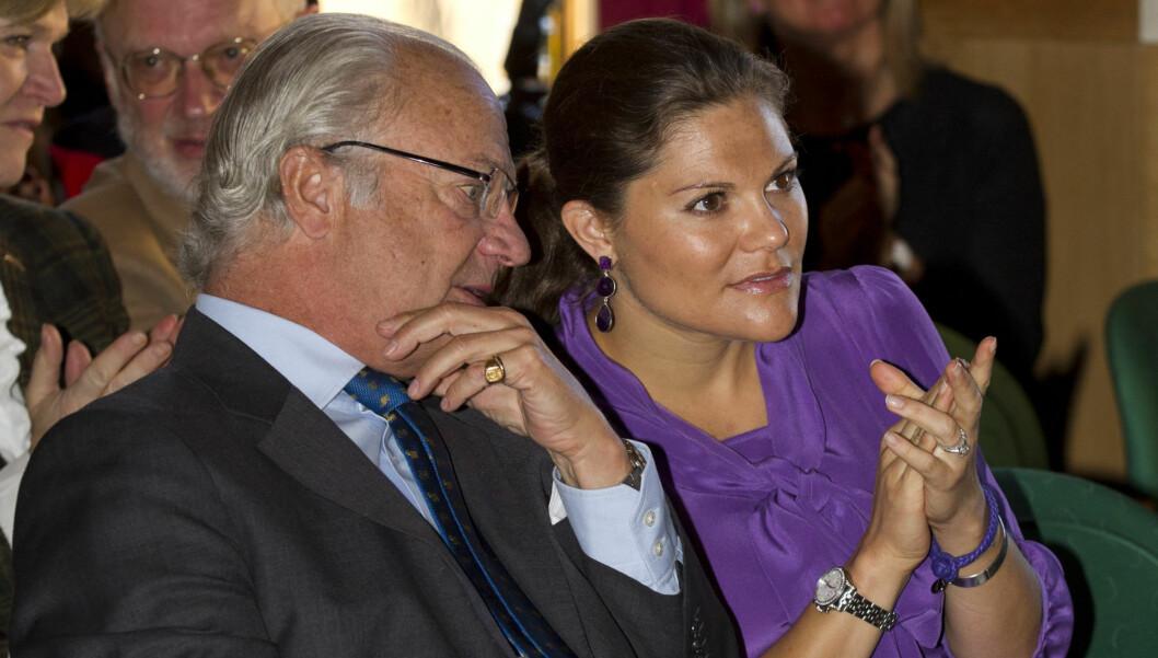 KRITISK: - Hvis det er sant at Lettström har snakket med kongen, så innebærer det at vår statssjef har løyet folket sitt rett opp i ansiktet. Og det er ikke skesptabelt. Han må innse at det er uakseptabelt, og abdisere, sier Peter Althin fra den sve Foto: Stella Pictures