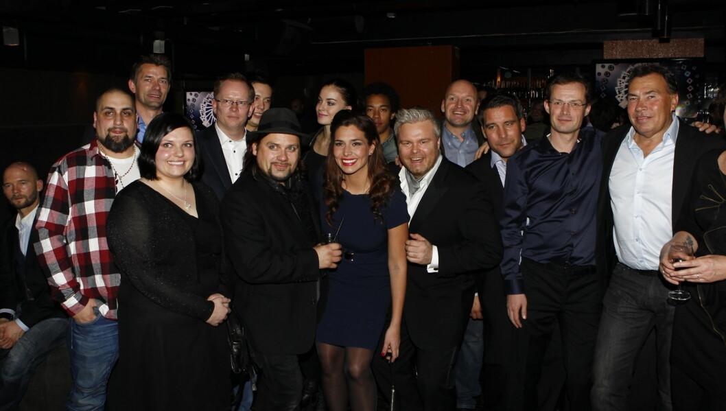 PREMIEREFEST: Torsdag kveld var de ni kjendisene i det nye MAX-programmet «Norske ess» samlet for å se premiereprogrammet på Oak i Oslo. Foto: Stella Pictures