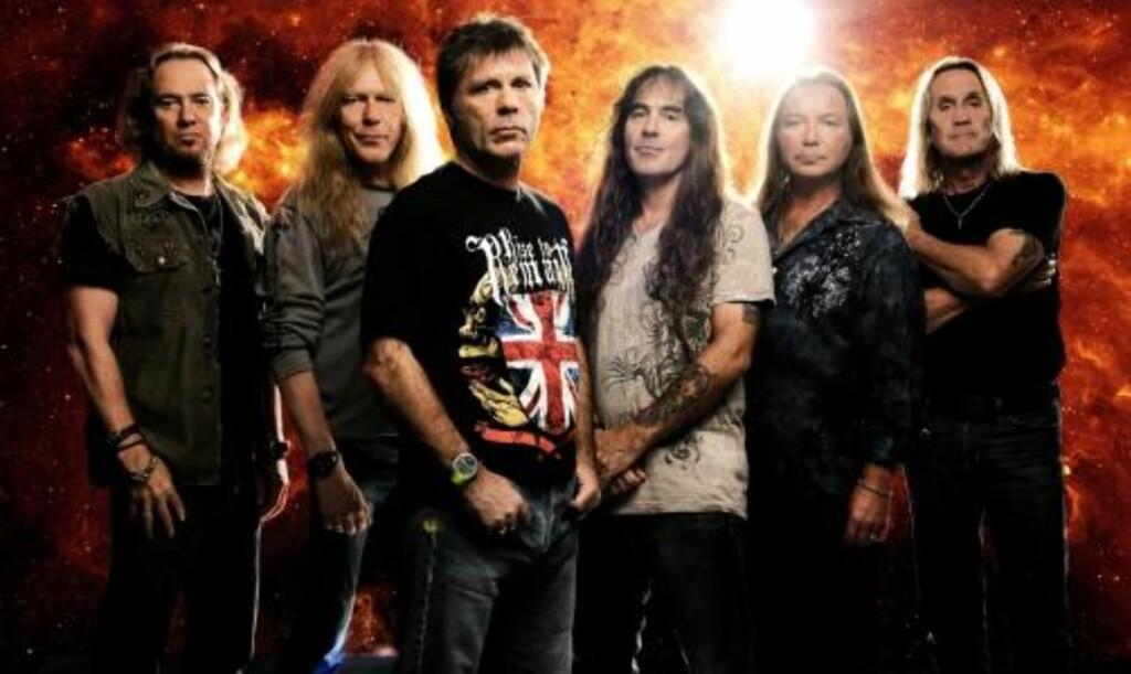 I GOD BEHOLD: Iron Maiden selv er kommet fram til Finland i god behold. Verre gikk det med et av flyene deres. Foto: John McMurtrie/EMI