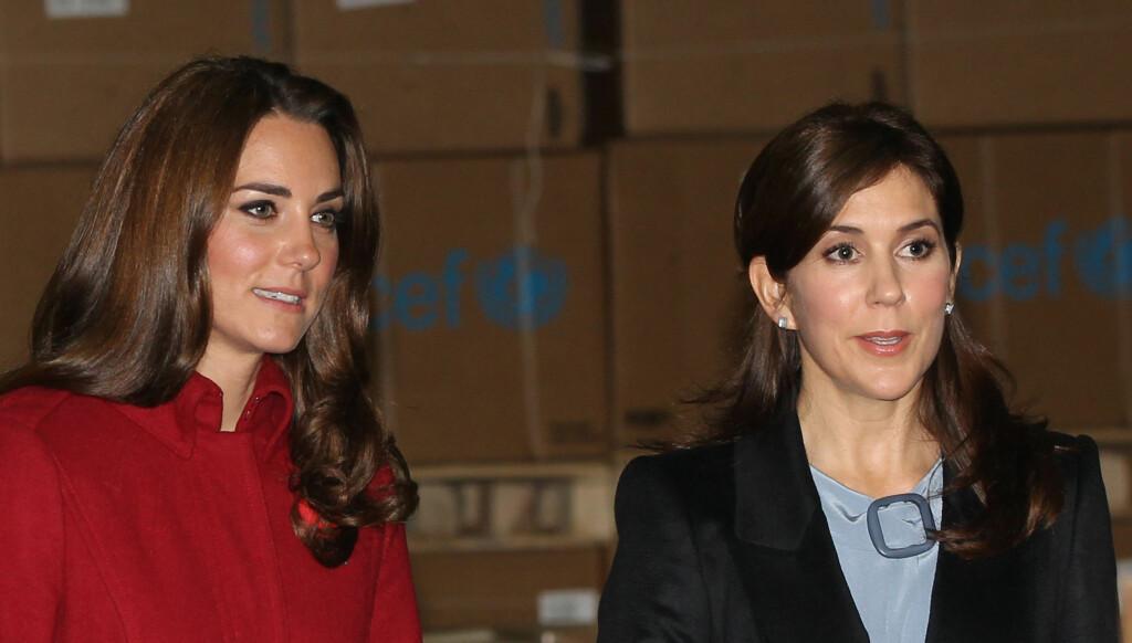 SAMMEN PÅ JOBB: Hertuginne Kate og kronprinsesse Mary hadde mye å snakke om under Kate og prins Williams korte besøk i Danmark.  Foto: Stella Pictures