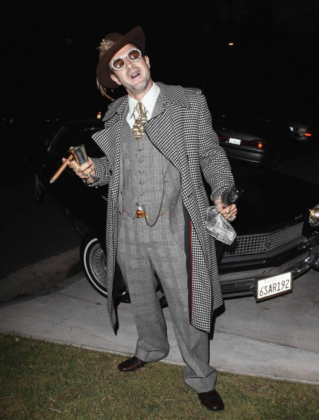 ... og som pimp på privat halloweenfest i Beverly Hills dagen etter. Foto: All Over Press