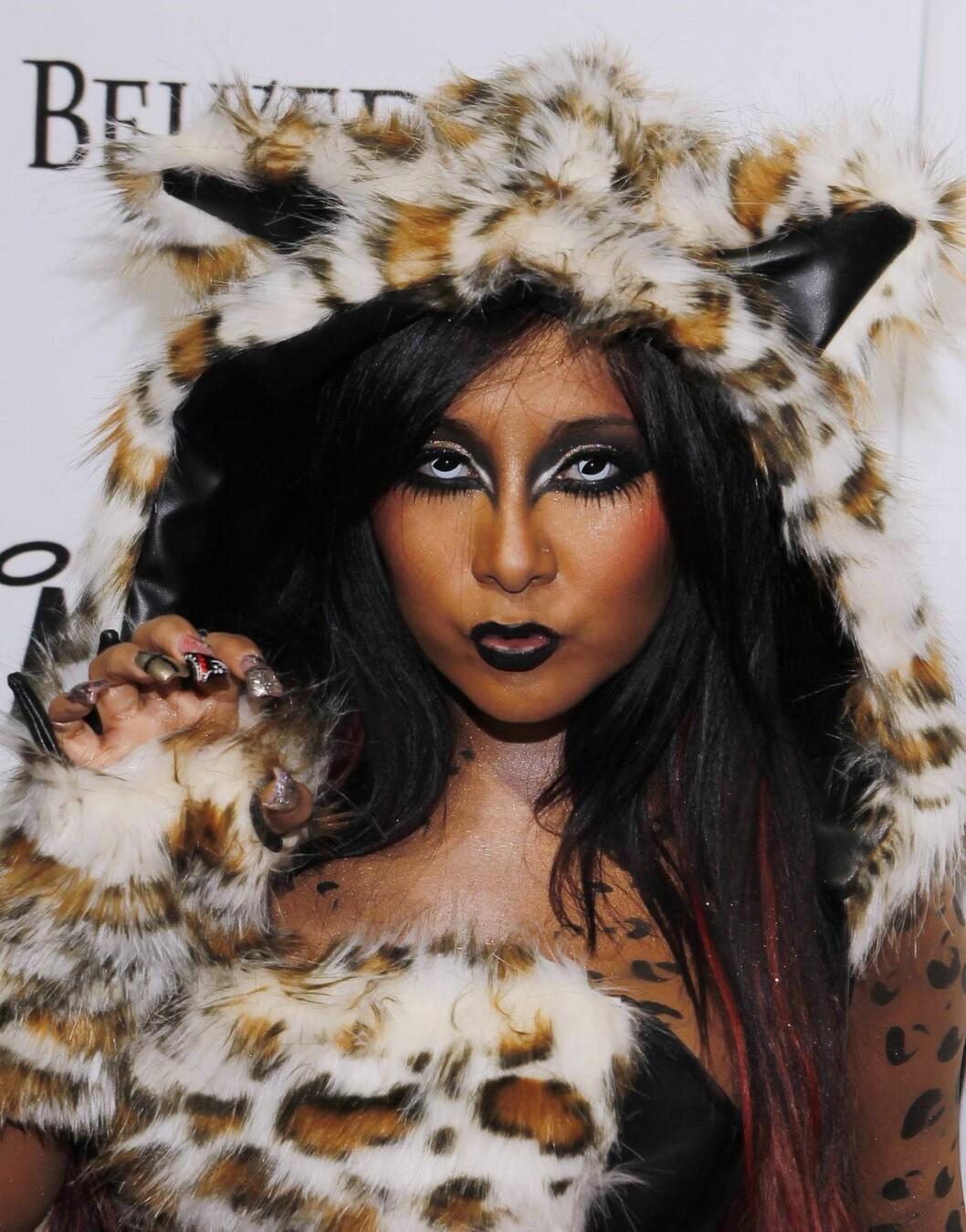 DYRISK: Nicole «Snooki» Polizzi, kjent fra TV-serien «Jersey Shore», var dyrisk på halloweenfest i Las Vegas. Foto: All Over Press