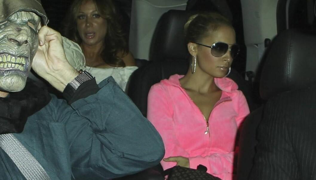 JLO: Nicole Richie hadde kledd seg ut som Jennifer Lopez i anledning Kate Hudsons halloweenfest i helgen. Foto: All Over Press