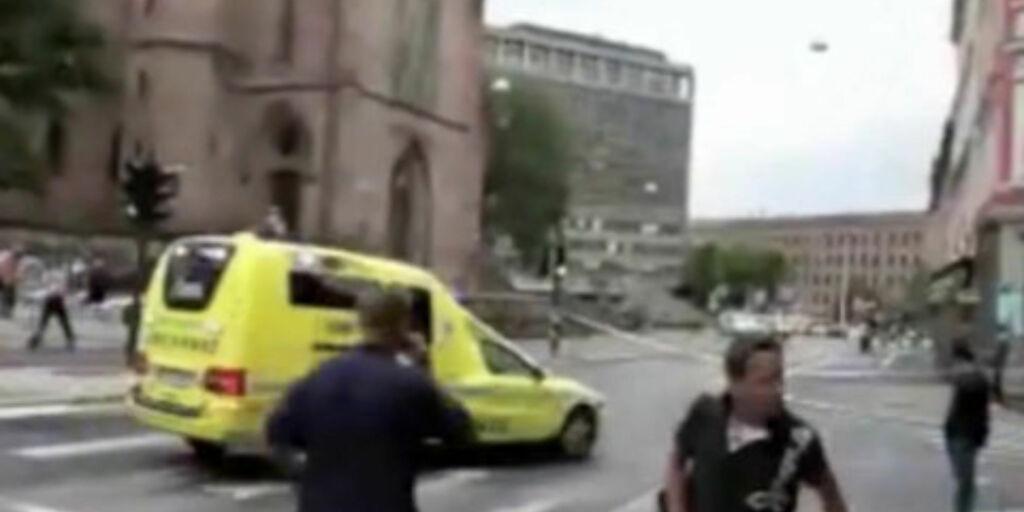image: Se stjerneregissørens egen terror-filming