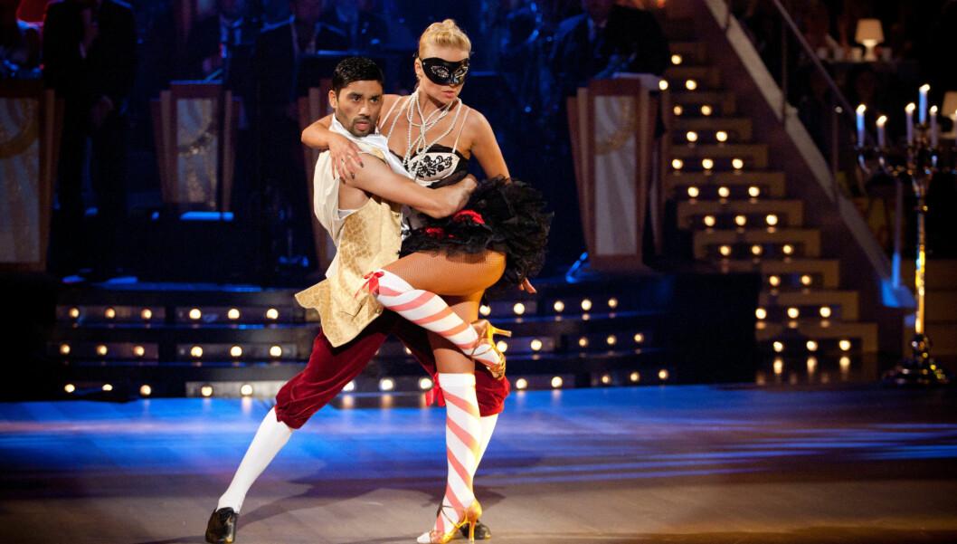 <strong>RYKER?:</strong> Bettingselskapet spår at Noman og Nadya ryker under kveldens «Skal vi Danse»-sending. Foto: Stella Pictures
