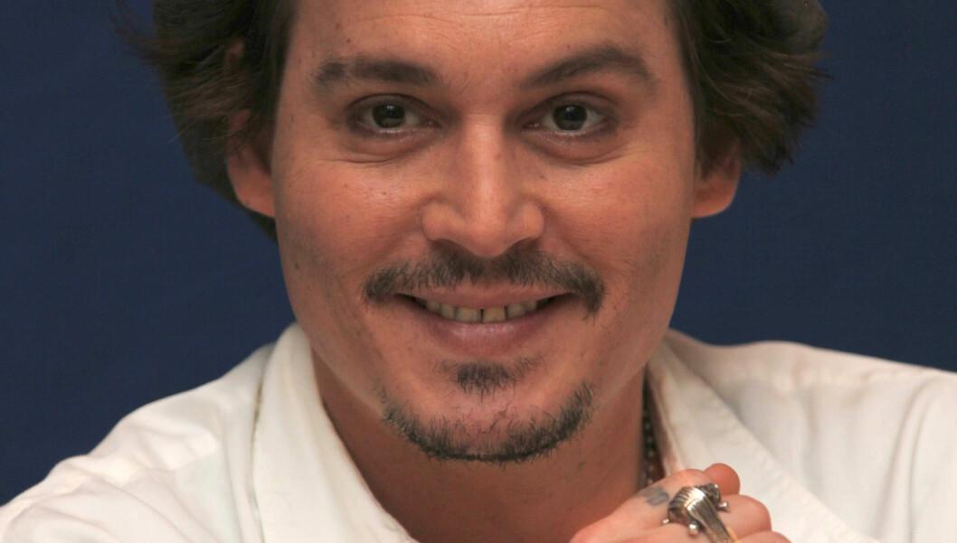 LO AV DØDEN: Da Johnny Depp var sikker på at han og kompis, og regissør, Bruce Robinson kom til å dø i flystyrt braste de to ut i latter. Foto: Stella Pictures
