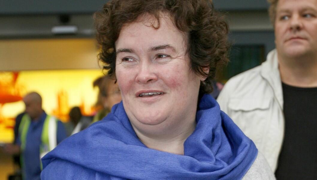 PÅ SJEKKERN: Susan Boyle savner en kjæreste i livet sitt. Hun får mange frierbrev, men har foreløpig takket nei til alle.  Foto: All Over Press