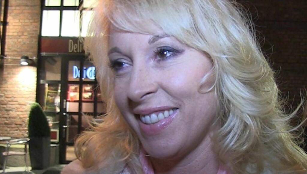 LANG VENTETID: Lise Askvik mener at kreftpasienter burde slippe å vente i flere år for å få brystprotese.  Foto: Lina Hekkli/Seher.no