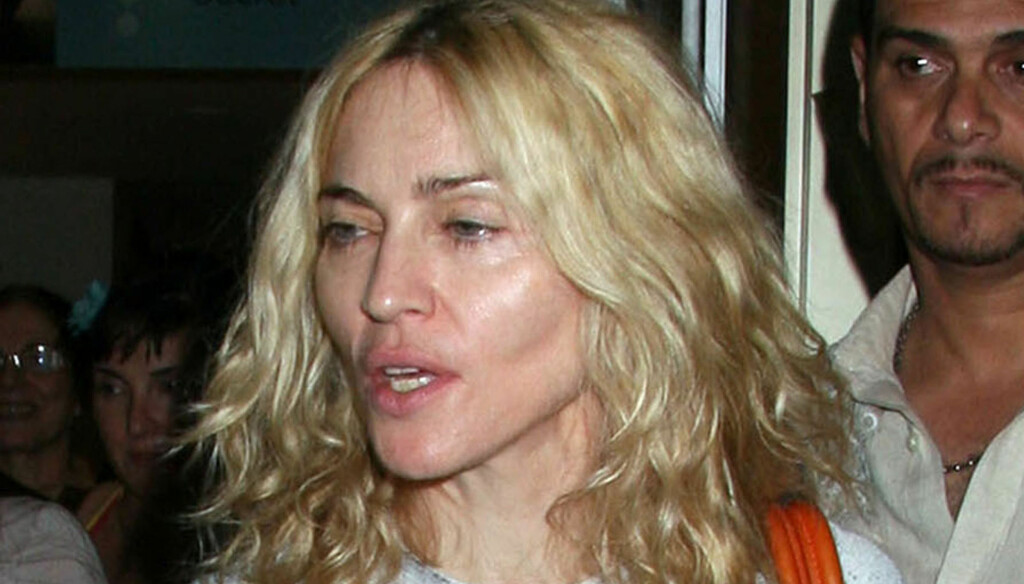 YDMYKENDE: Bildene som har lekket ut på nett viser en toppløs og ustelt Madonna. Foto: Stella Pictures