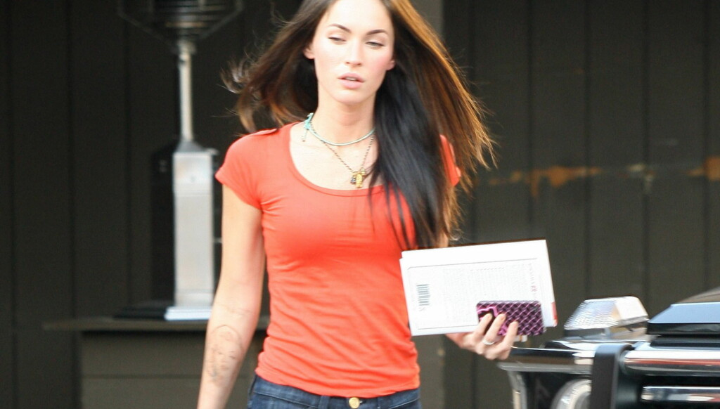 FØR: Vakre Megan Fox har rundt ni tatoveringer på kroppen sin, men hun er ikke like fornøyd med alle. Foto: All Over Press