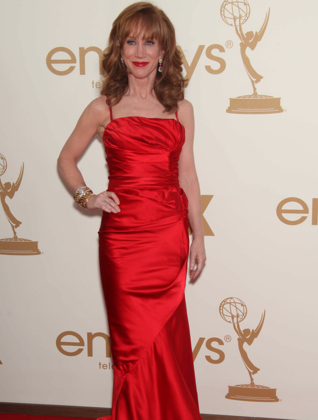 <strong>I RØDT:</strong> Kathy Griffin. Foto: Stella Pictures
