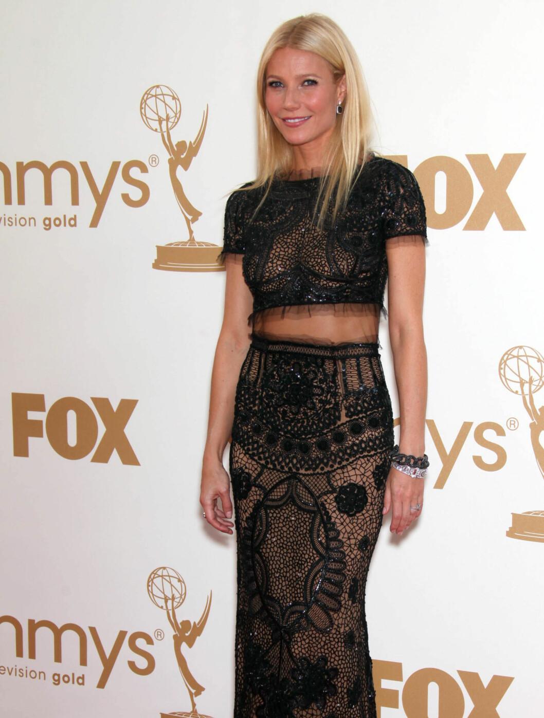 <strong>GJENNOMSIKTIG:</strong> Gwyneth Paltrow kom i en gjennomsiktig kjole. Foto: Stella Pictures