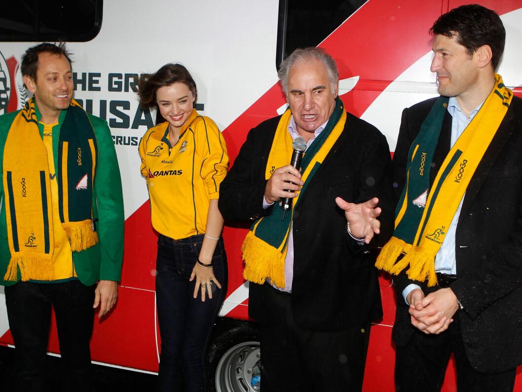 TREKKPLASTER: Supermodellen var trekkplaster for det australske landslaget i New Zealand. Foto: All Over Press