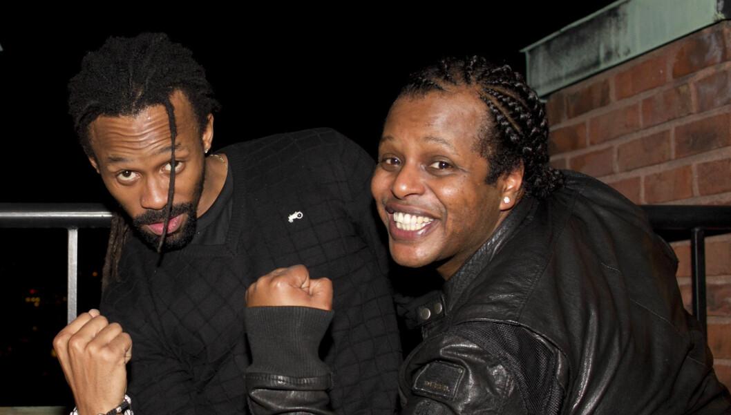 FLAU: - Jeg kom som jeg er nå. Det var litt flaut. Alle var stivpyntet, sier Tshawe Baqwa om minikonserten på slottet, som han og Yosef Wolde-Mariam hadde på 40-årsfesten til Märtha. Foto: Stella Pictures
