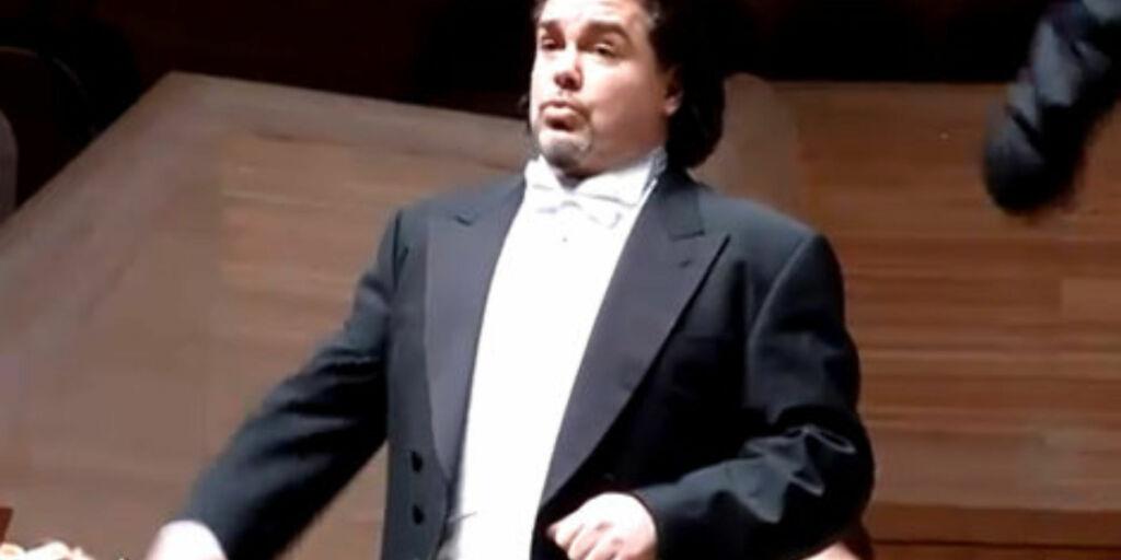 image: Musikkstjerne (43) døde etter mopedulykke