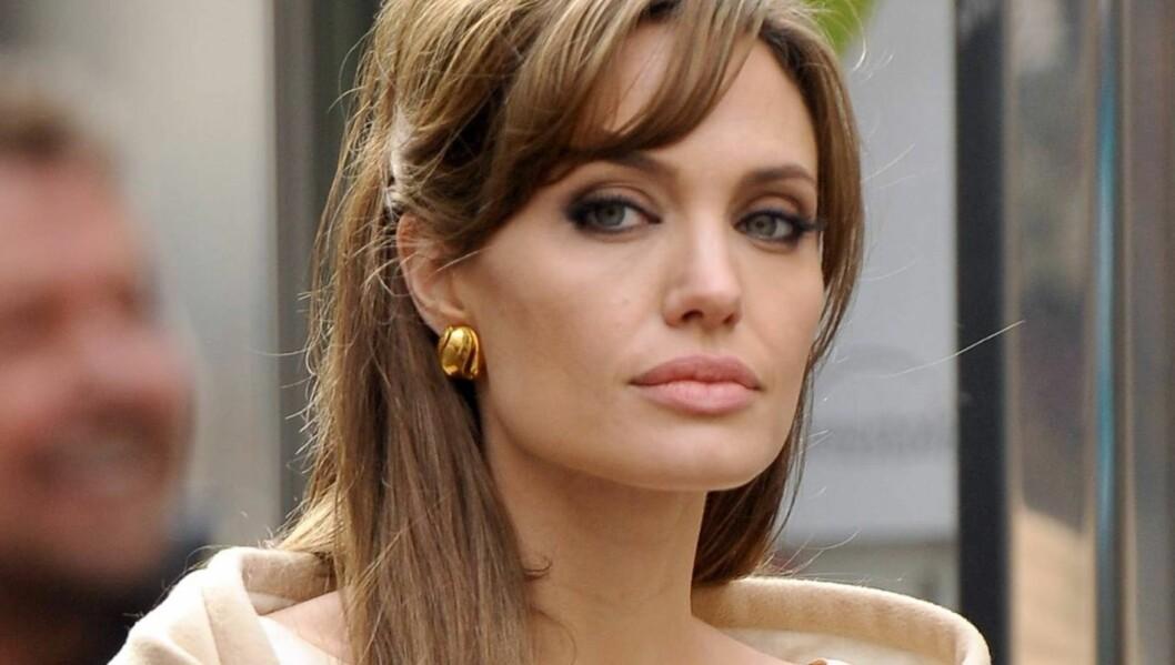 SAMBOER SOM 14-ÅRING: Angelina Jolie bodde sammen med ekskjæresten da hun var 14 år gammel. Foto: All Over Press