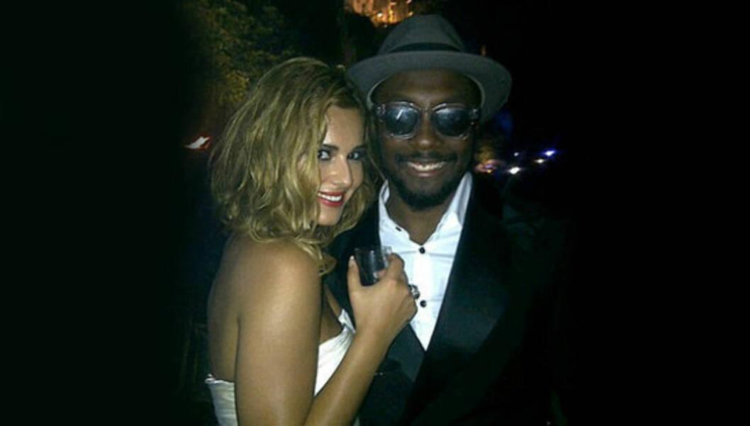 PARTY: Cheryl og Will.i.am fra Black Eyed Peas fester i Cannes i Frankrike. Foto: Twitter