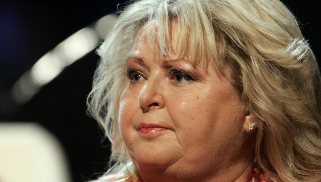 TVINGES TIL Å FLYTTE: Revamtismeplagete Kikki Danielsson sier til Expressen at hun føler seg tvunget til å flytte nærmere Stockholm fordi hun får vondt i kroppen av å pendle. Foto: Stella Pictures