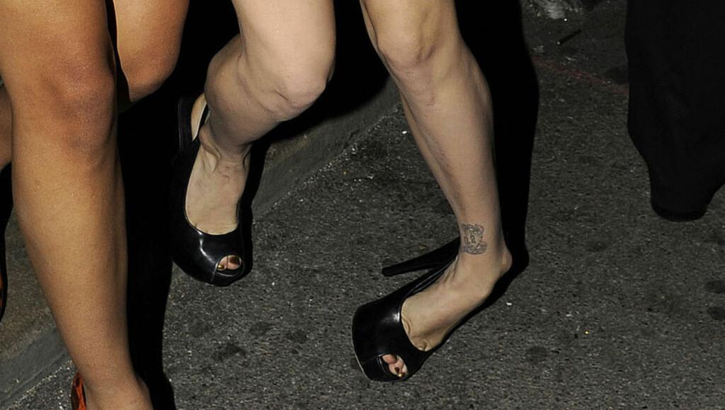 HØYE SKO: Det var vanskelig for Geldof å holde seg på beina i disse skoene. Foto: Stella Pictures