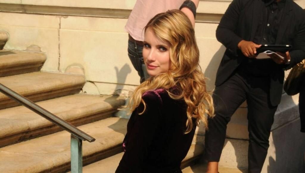 IKKE SINGEL LENGER: Emma Roberts skal, ifølge flere amerikanske medier, ha funnet kjærligheten med Chord Overstreet. Foto: All Over Press