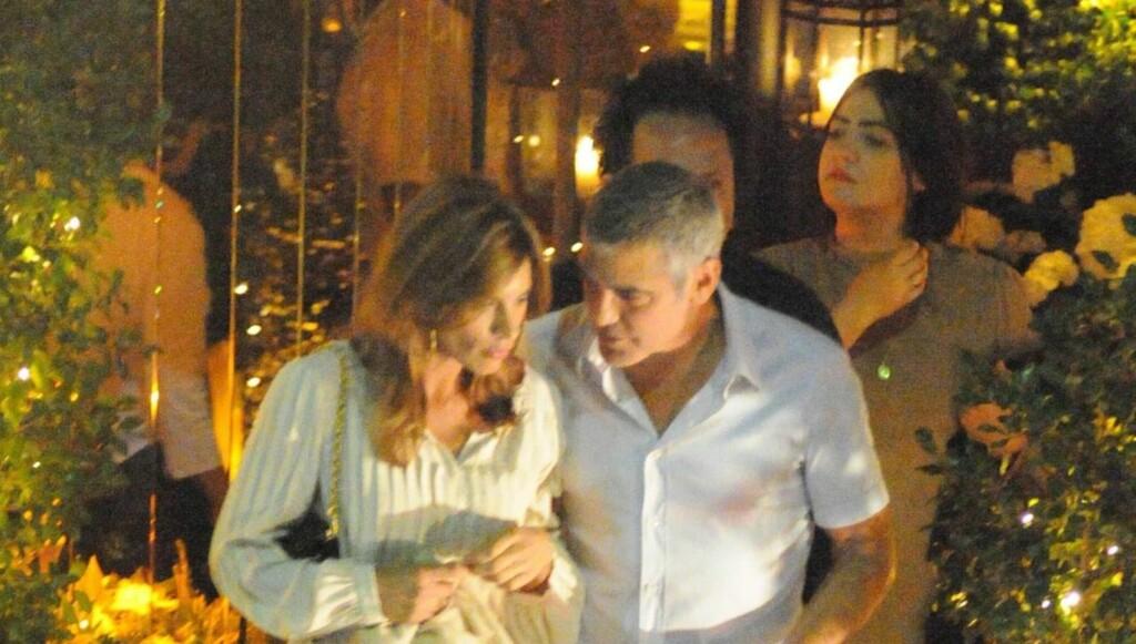 DUMPET I ITALIA?: I forrige uke ble George Clooney og Elisabetta Canalis sett sammen i Italia. Men få dager senere bekreftet begge to at de hadde gått hver sin vei. Foto: All Over Press