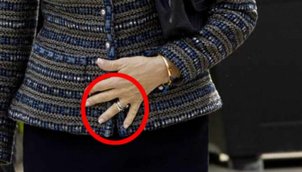 RING-COMEBACK: Da dronning Silvia torsdag innviet et nytt senter for senter for neuropsykiatri och utviklingsneurologi i Gøteborg hadde hun igjen gifteringen på fingeren. Foto: ALL OVER PRESS