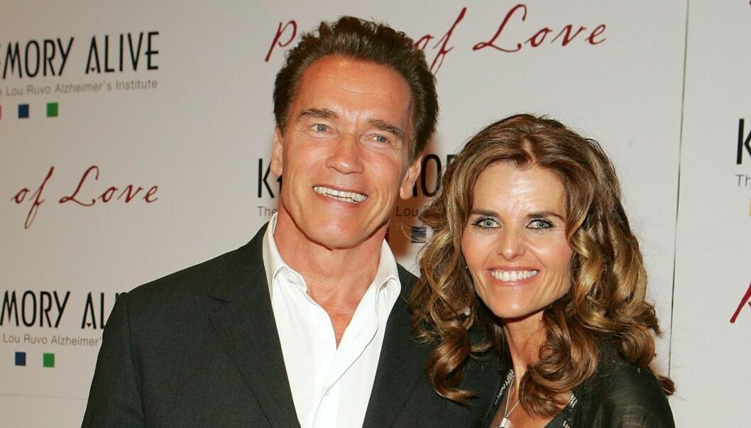 HOLDT FASADEN: Arnold Schwarzenegger og Maria Shriver har i 25 år fremstått som et av Hollywoods lykkeligste ektepar, men bak fasaden var Maria alt annet enn lykkelig, ifølge TMZ.com. Foto: All Over Press