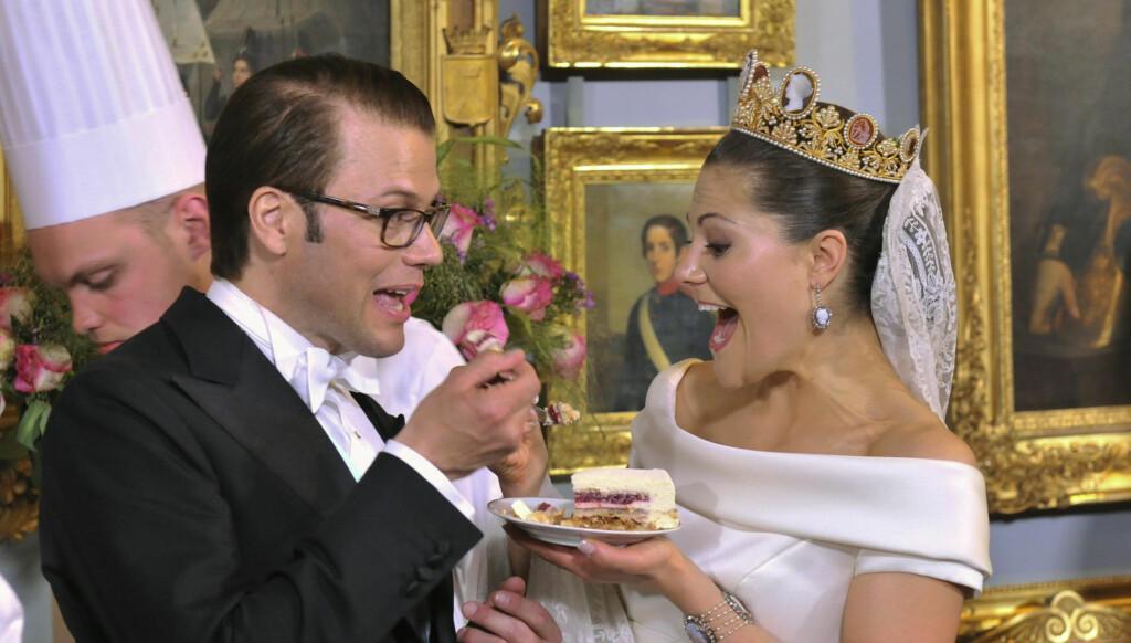 BLIR FORELDRE I HØST? Kronprinsesse Victoria og prins Daniel skal ifølge statistikken og svenske Se og Hør bli foreldre i høst. Foto: SCANPIX