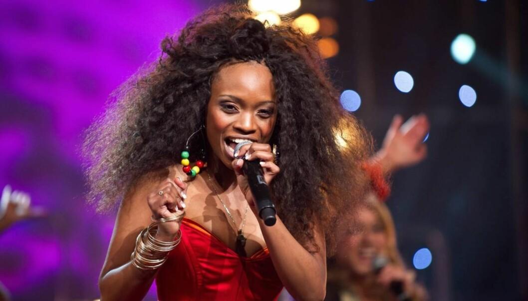 <strong>FORNYET:</strong> Slik så Stella Mwangi ut da hun tok Norge med storm under den norske MGP-finalen. Men i den internasjonale finalen er det en fornyet versjon av låten «Haba Haba» som blir presentert på scenen. Foto: Stella Pictures