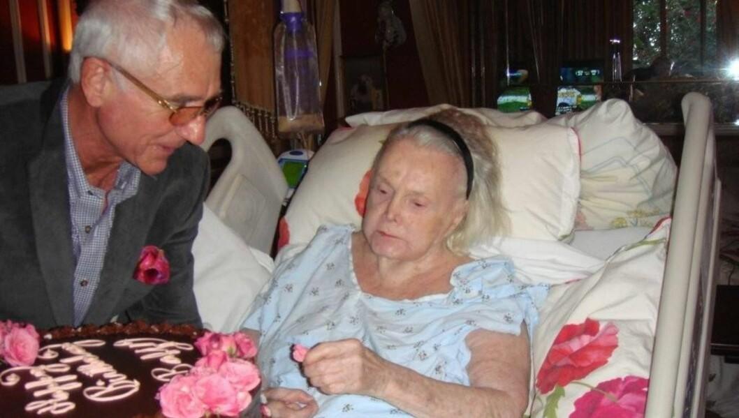 BLIR MAMMA IGJEN?: I februar fylte den tidligere filmstjernen Zsa Zsa Gabor 94 år i sykesengen. Nå håper både hun og ektemannen Frederic Prinz von Anhalt at de skal få et barn før hun dør. Foto: All Over Press