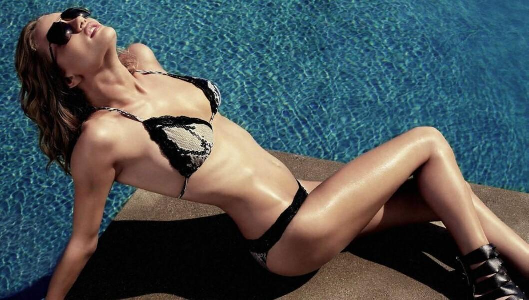 TIL TOPPS: Modellen og skuespilleren Rosie Huntington-Whiteley er verdens mest sexy kvinne ifølge en ny kåring gjort av herrebladet Maxim. Foto: STELLA PICTURES