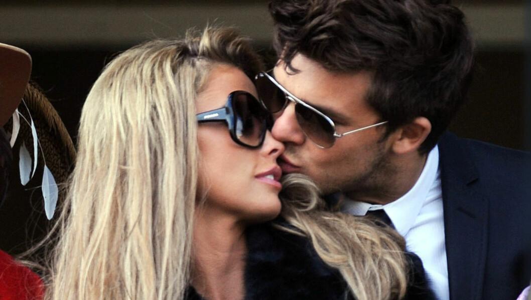 SAMBOERE: Katie Price og den argentinske modellen Leandro Penna har blitt samboere. Foto: Stella Pictures
