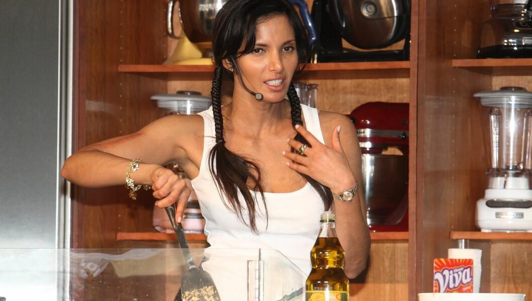 <strong>TV-KOKK:</strong> Lakshmi sier hun ikke klarer å holde seg i toppform når TV-sesongen er i gang. Foto: All Over Press