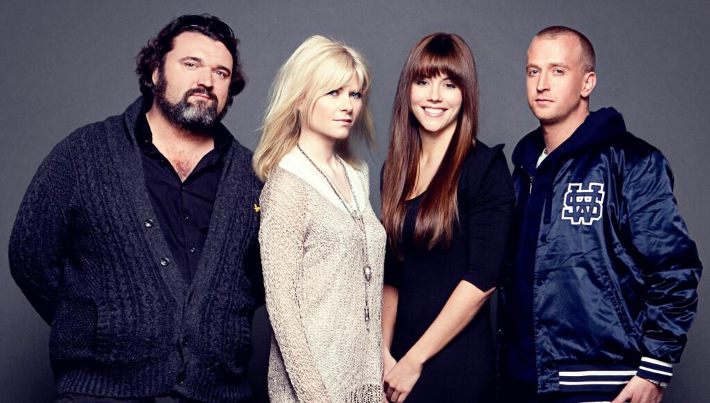 HER ER DOMMERNE: Hans-Eril Dyvik Husby, Bertine Zetlitz, Marion Ravn og Gunnar Greve Pettersen. Foto: Bjørn Wad/TV 2