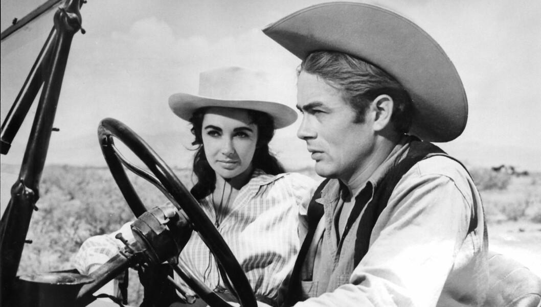 <strong>BETRODDE SEG:</strong> James Dean skal ha fortalt sin hemmelighet til Elizabeth Taylor da de to spilte sammen i Giganten, før Deans død.  Foto: Reuters