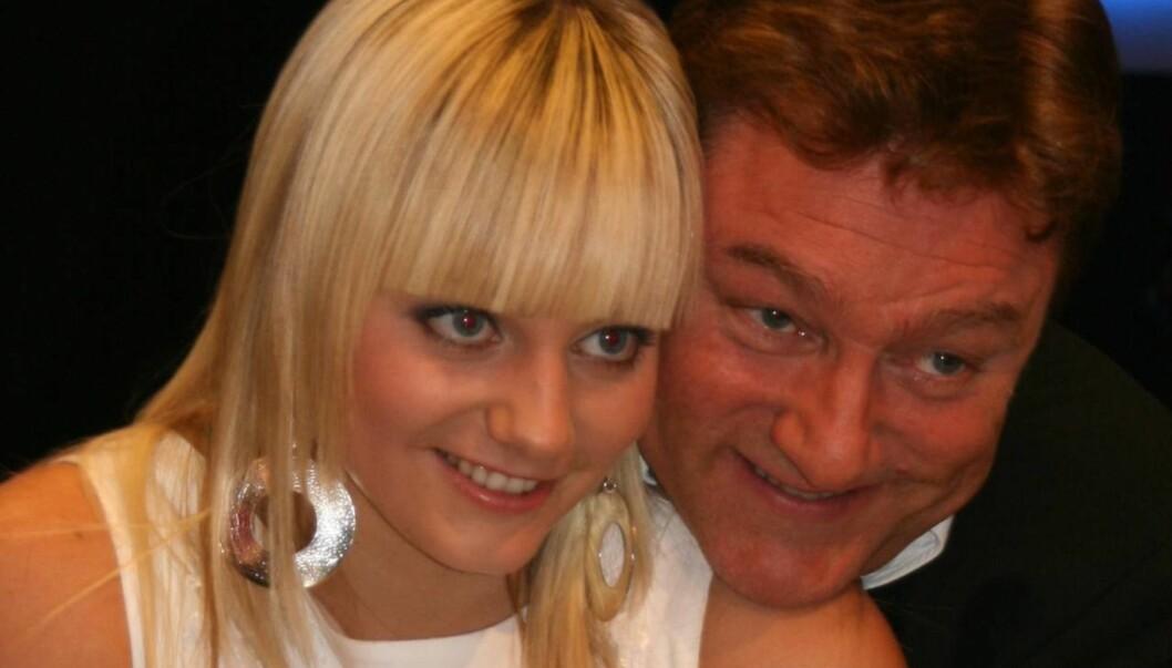 FAMILIEMANN: Tor Endresen bruker mye tid med familien. Her med datteren Anne Sophie fra hennes Idol-opptreden i 2007. Foto: Adele C. Blystad, Seher.no