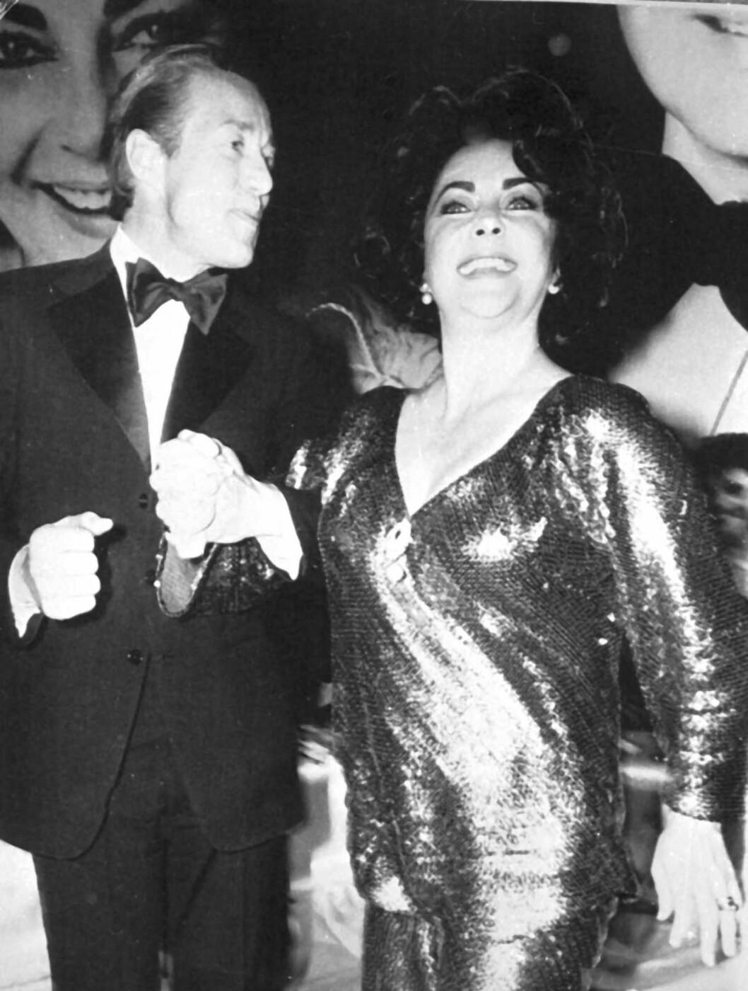 <strong>1978:</strong> Elizabeth Taylor feirer 46-årsdagen på Studio 54. Foto: Stella Pictures