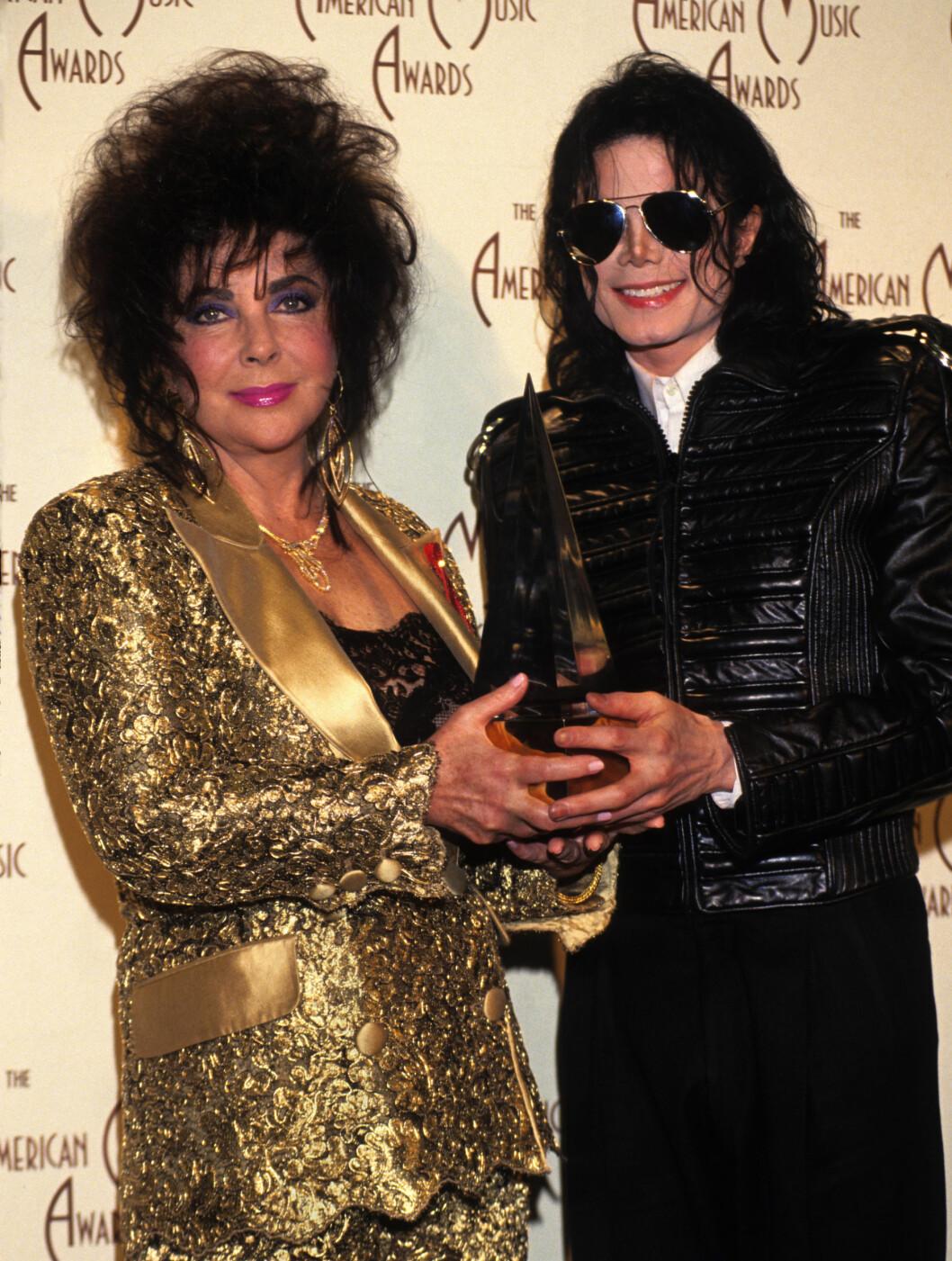 <strong>1993:</strong> Elizabeth Taylor og Michael Jackson, var gode venner.  Foto: All Over Press