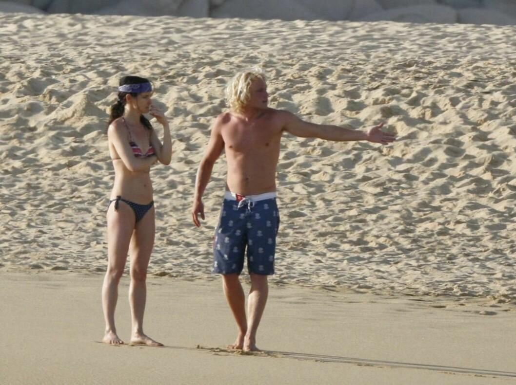 <strong>BYTTET UT ROCKEKKLÆRNE MED BIKINI:</strong> Juliette Lewis har de siste årene brukt mye tid på sitt rockeband «The Licks», men nå er rockeklærne byttet ut med bikini. Foto: Stella Pictures