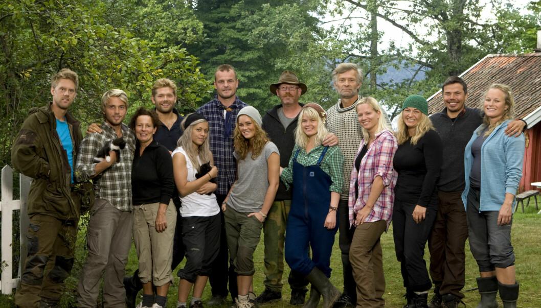 RISIKOSPORT? Årets «Farmen»-deltagere må tåle å bli filmet i en rekke situasjoner under deres opphold på gården. Foto: TV 2