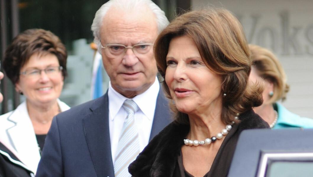 <strong>AVLYSTE IGJEN:</strong> Dronning Silvia sliter fortsatt med sykdom. Dermed må kong Carl Gustaf ta imot til audiens på slottet alene. Foto: Stella Pictures