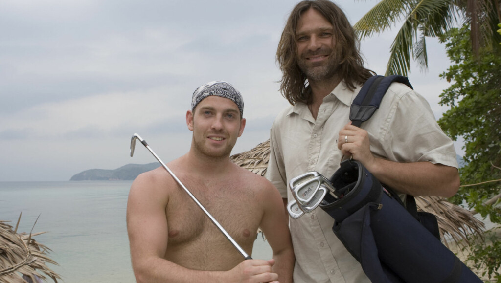 FRA ROBINSON TIL HOLLYWOOD?: Cristopher Soltvedt deltok i 2008 i «Robinsonekspedisjonen». Her er han på øya med programleder Christer Falck. Foto: TV3