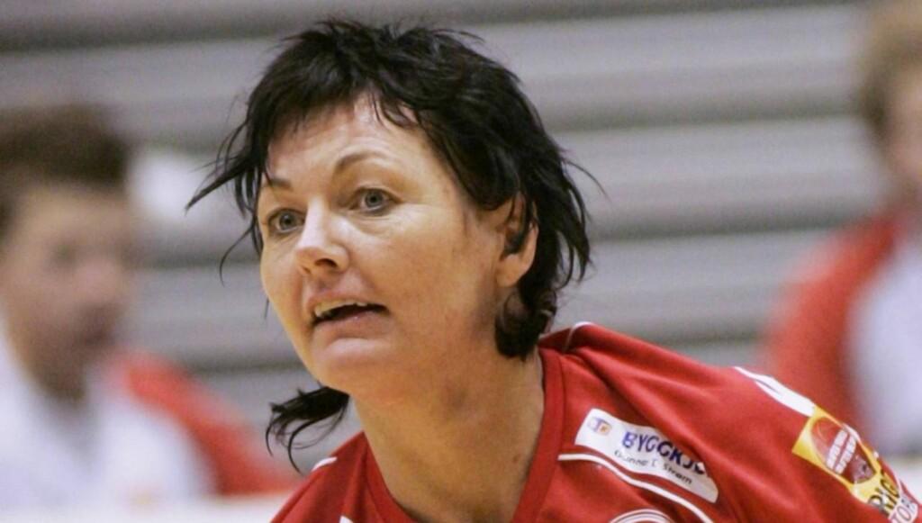 STJERNE: Haltvik var tidligere en av landets mest profilerte håndballspillere.  Nå kjemper hun om tittelen «Mesternes Mester». Foto: SCANPIX