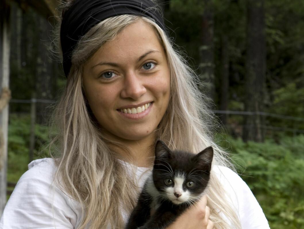 <strong>TV-KLAR:</strong> Synne Bolstad er en av deltagerne i årets «Farmen» på TV 2.  Foto: TV 2