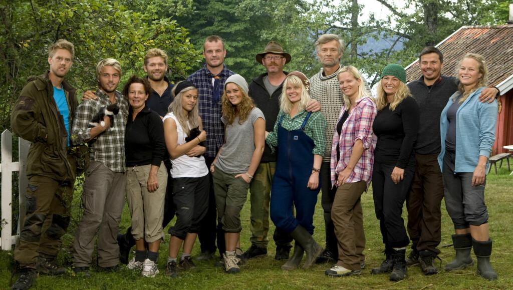 STRENGE REGLER: Deltagerne i «Farmen» på TV 2 må gjennom en kraftig sjekk fra produksjonen før de ankommer «Farmen»-gården. Foto: TV 2