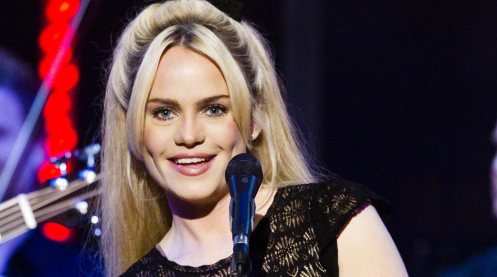 SØT: Artisten Duffy er en skjønnhet - og ifølge amerikanske filmfolk så heit at hun burde blitt pornostjerne... Her fra opptredenen hennes på NRK-programmet «Skavlan» i januar.  Foto: STELLA PICTURES
