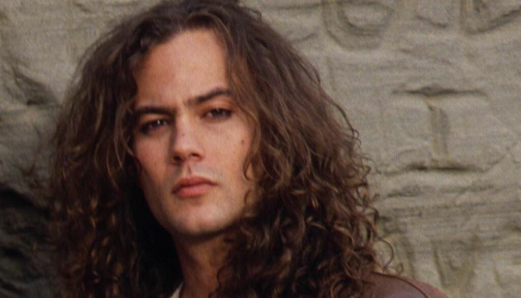 GAMLE DAGER: Alice in Chains originale bassist, Mike Starr døde 8. mars 2011 kun 44 år gammel. Her avbildet på bandets første offisielle  fotografering i 1990.   Foto: All Over Press